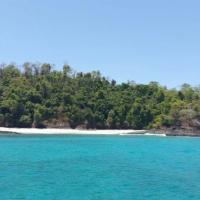 Islas Secas Charter