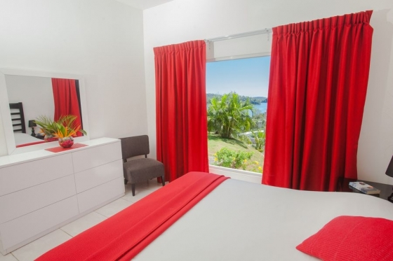 Vacation Rental House with kitchen for 2-4 people and elevated sea views